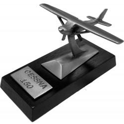 Cessna 150 Desk Model