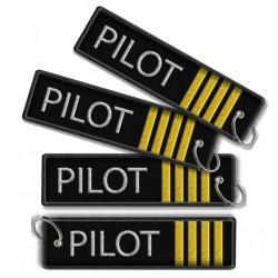 Breloc brodat  Pilot (4 Trese)